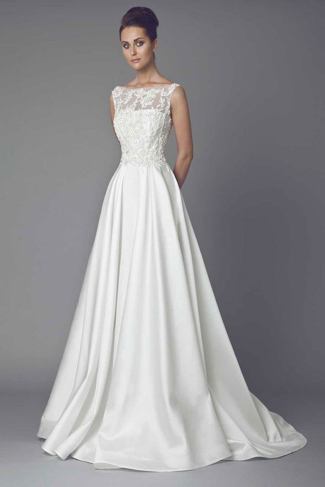 Bridal 2015 tony ward couture reine des prs a line silk zibeline gown with boat neckline and embroidered bust junglespirit Choice Image