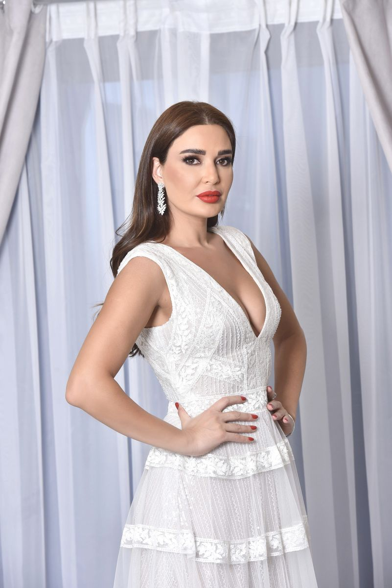 Cyrine-Abdelnour-Tony-Ward-Bridal-2020 (1)