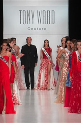 A ONE-OF-A-KIND TONY WARD FASHION SHOW WITH MISS UNIVERSE IN MOSCOW