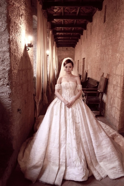 Tony-Ward-weddingdress-Jane-Zhang (2)